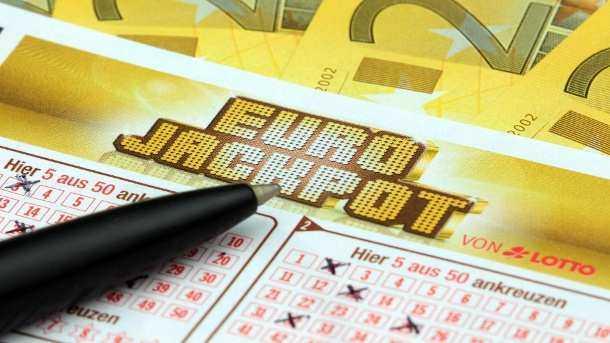 Eurojackpot geknackt: gewinnzahlen und quoten vom freitag, 14.10.